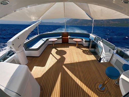 Hilton Head Yacht Charter's Aft Deck Lounge